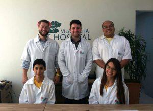 Laryssa e Thallis foram Veterinários por um dia com toda a equipe do Vila Velha Pet Hospital