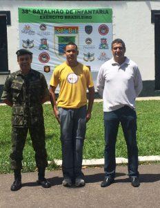 Mateus Sena teve um grande dia acompanhando o trabalho do 38º Batalhão do Exército Brasileiro.